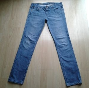 AG 28R 28 the stilt cigarette leg blue jeans